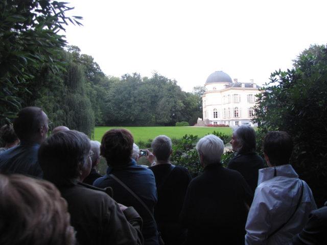 Woensdag 11 augustus 2021: De Engelse tuin van kasteel Ortegat: groene parel in het centrum.